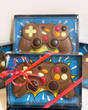 Coffret manette de jeux vidéos en chocolat